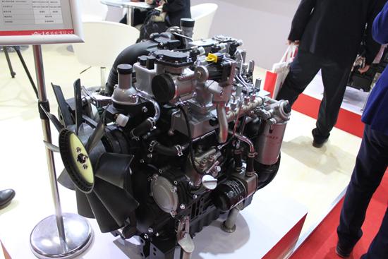 4G33V16多缸非道路国四柴油机