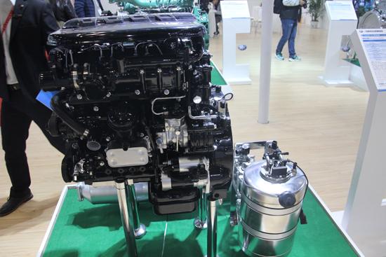 CA4DB1-E6柴油机