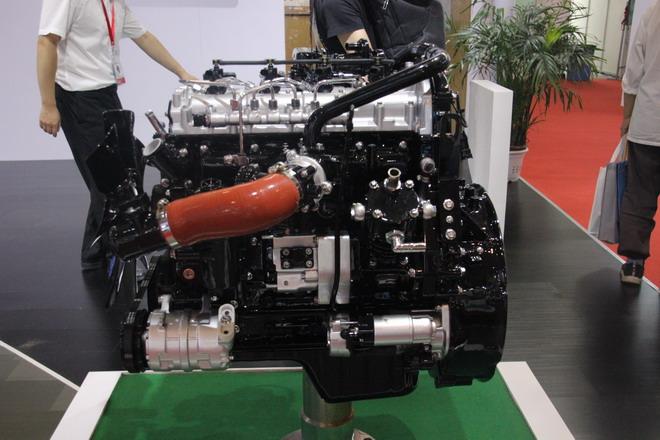 CA4DD-E6系列柴油机