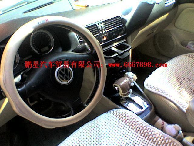 驾驶座安全气囊,电子防盗,车内中控锁,遥控钥匙,abs防抱死同色后视镜
