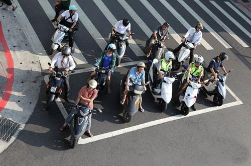 在战后初期整个台湾省的摩托车也只有23