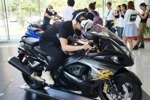 铃木摩托车别致试驾vr体验