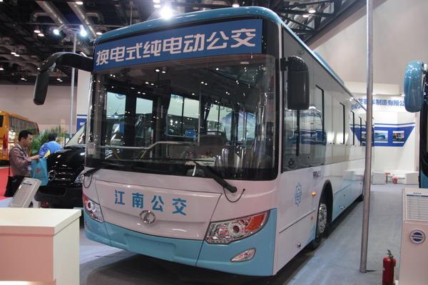 南京金龙njl6129bev纯电动城市客车